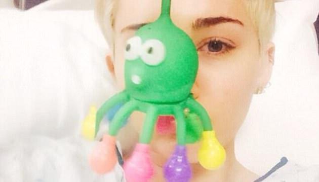 Miley Cyrus hastanede!