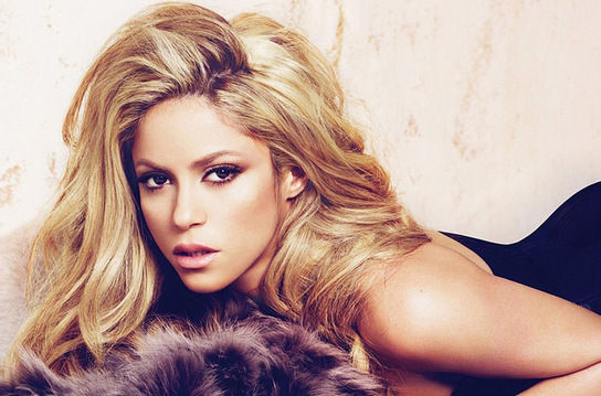 Shakira ilk kez konu�tu