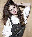 Selena Gomez giyimiyle �a��rtt�