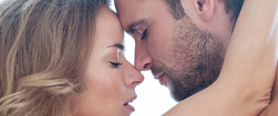 Erkekler kaygılarını, kadınlar menopozu soruyor