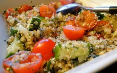 Sıcak havalar için Soğuk Yaz salatası