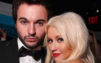 Christina Aguilera'n�n k�z� oldu