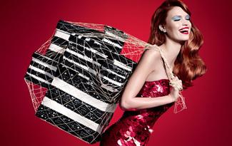Sephora yeni y�l co�kusu tarihi Beyo�lu Tramvay�nda!