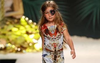 �ocuk moda: Philipp Plein��n Karayip Korsanlar�