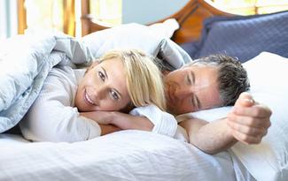 Kad�nlar� menopozun �iddetinden koruyacak ikili