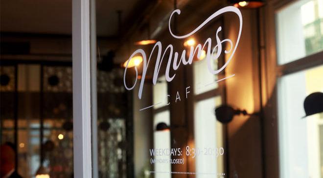 MEKAN ÖNERİ: KARAKÖY'DE YENİ BİR RENK MUMS CAFE