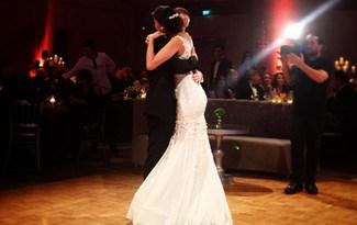 Merve B�y�ksara� evlendi!