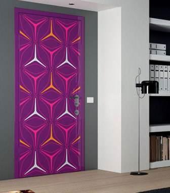 Grafik desenli kapılar