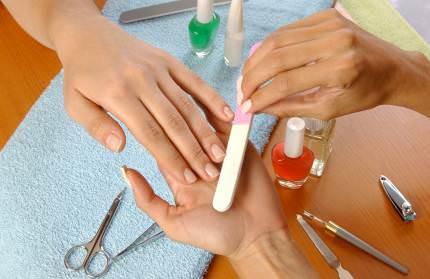 tirnakbakimi 426056314227 d Tırnak kırılmasına son, tırnak güçlenmesi için, güçlü tırnaklara sahip olmak için yapılması gerekenler, tırnak kırılması nasıl önlenir, tırnak bakımı nasıl yapılır, tırnak güçlendirme