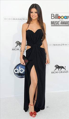 Selena Gomez�in En �yi 10 G�r�n�m�!