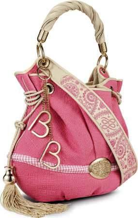 Вот я такая, люблю сумочку... их уже давно полный шкаф, а если собрать...