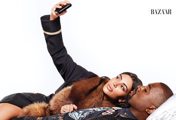 İkonlar: Kanye West ve Kim Kardashian'la yatakta...