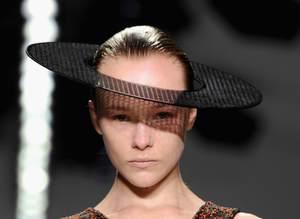 Hakan Y�ld�r�m defilesi / Londra Moda Haftas� �lkbahar / Yaz 2015
