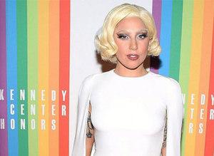 Lady Gaga�dan fütüristik tav�r