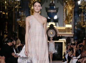 Stella McCartney �lkbahar-Yaz 2015, Paris