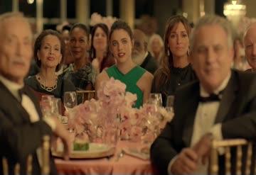 Kenzo'nun MTV'de yarışabilecek parfüm reklamı