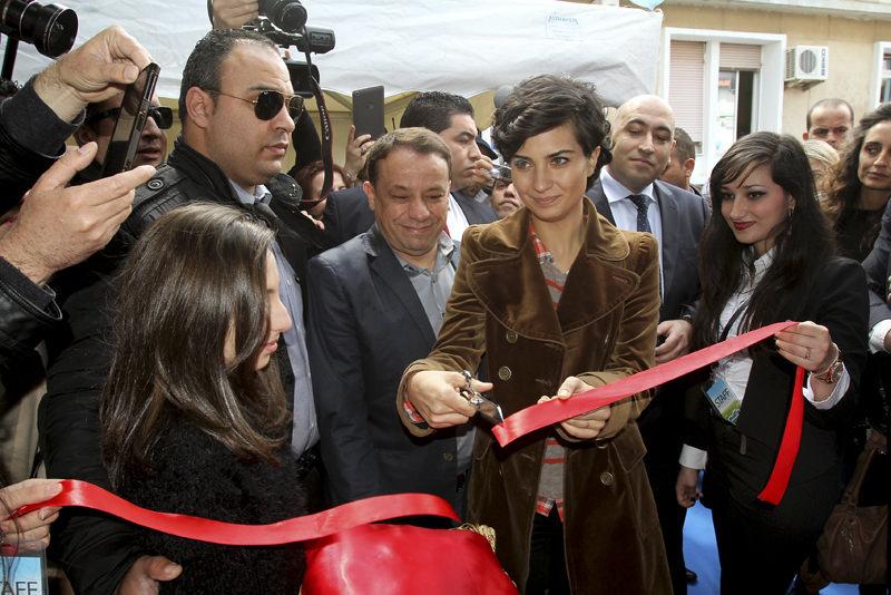 توبا بيوك أستون تزور الجزائر لافتتاح مستشفى أطفال
