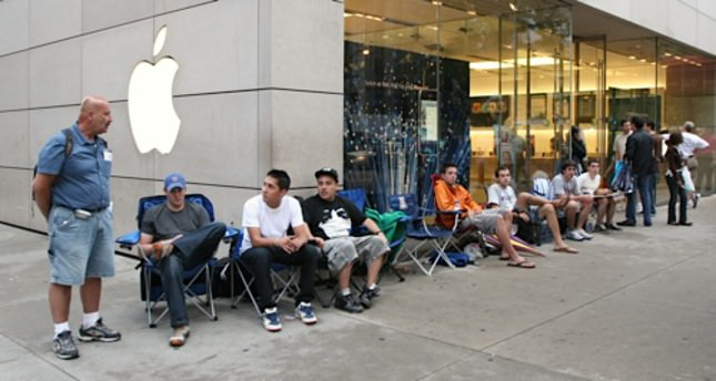 iPhone 6 aims to set a new record