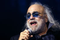 World renowned Greek singer Demis Roussos died in an Athens hospital at the weekend at the age of 68, the hospital said on Monday.