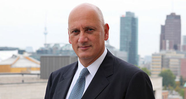 Turkcell's chief executive Süreyya Ciliv resigns