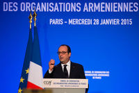 French President Francois Hollande called on Wednesday for Turkey and Armenia to commence a new period of bilateral relations.