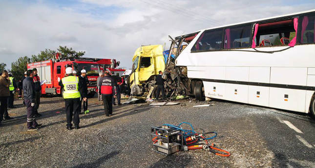 Traffic accident kills four in southern Turkey