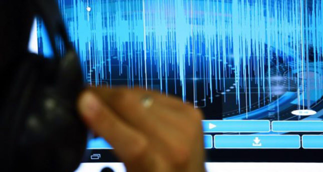 Two Gülenist officers arrested in wiretapping probe