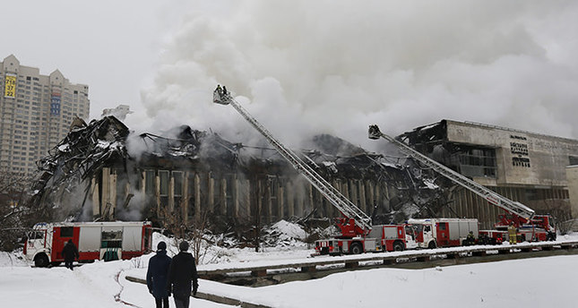 Moscow library fire burns historic documents