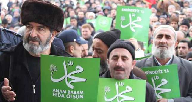 Thousands join 'Respect for Prophet' march in Turkey