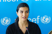 The famous Turkish actress and United Nations International Children's Emеrgеncy Fund's (UNICEF) goodwill ambassador Tuba Büyüküstün has visited Zaatari refugee camp near Syrian-Jordan...
