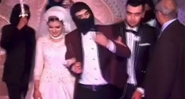 Couple throw ISIS-themed wedding in Egypt