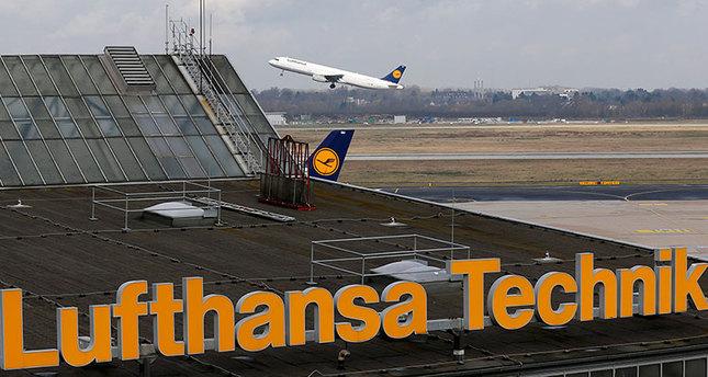 'Germanwings co-pilot deliberately crashed the plane'