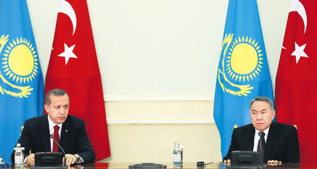 President Recep Tayyip Erdoğan (L) held a joint press conference with Kazakh President Nursultan Nazarbayev (R) and signed the joint statement regarding the results of the High-Level Strategic Cooperation Council.