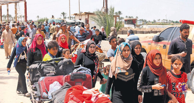 UN: 90,000 people have fled ISIS advance in Iraq's Anbar