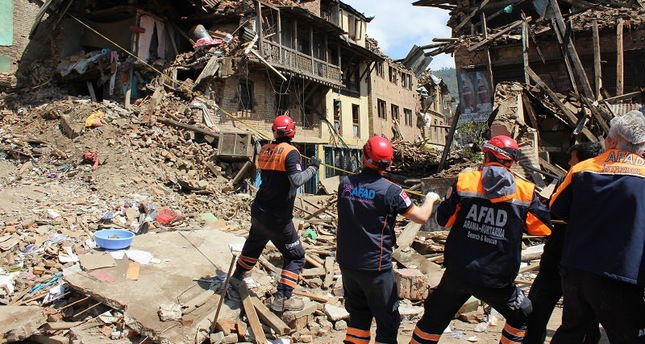 Turkish rescue teams on ground in Nepal