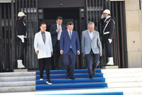 Prime Minister Ahmet Davutoğlu on Sunday inaugurated a prime ministerial office in Turkey's third largest province İzmir, the stronghold of the main opposition Republican People's Party...