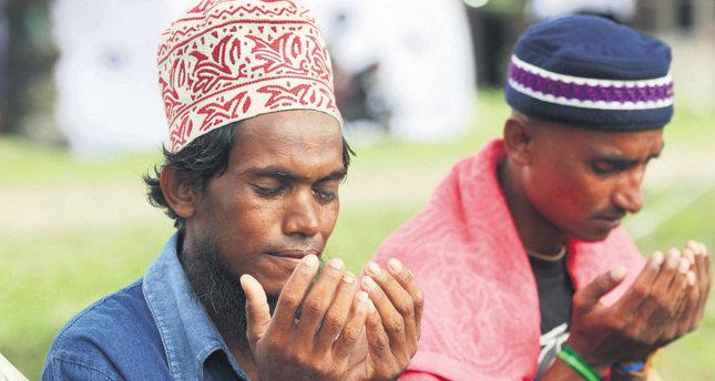 Rohingya Muslims face humanitarian tragedy