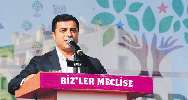 HDP fails to free itself from terrorist groups