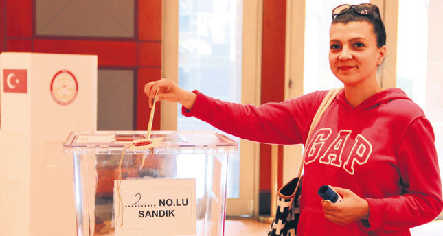 Election fever in Turkey grips Turkish nationals abroad