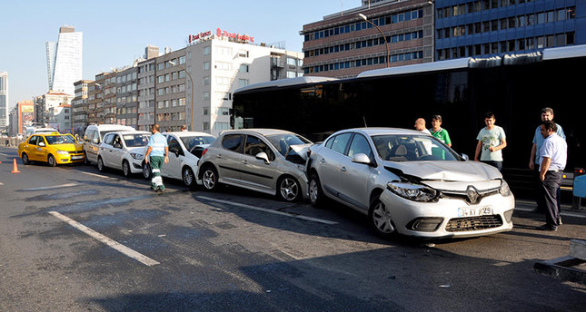 Seagull causes pile-up in Istanbul