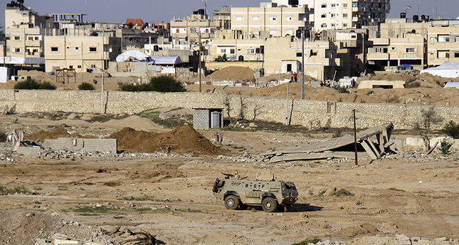 Militants in Sinai kill more than 60 Egyptian troops