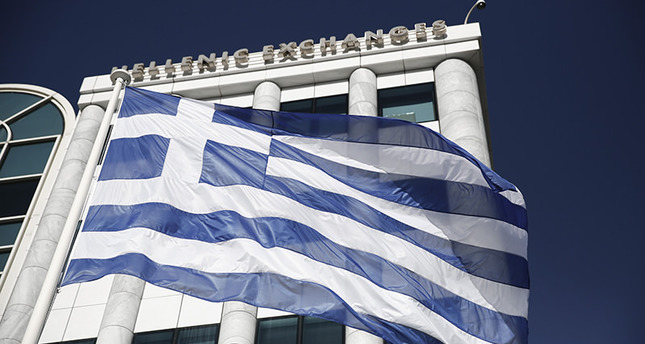 Greece's bond rating downgraded by Moody's