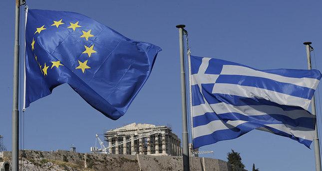 Final Greek referendum polls show 'No' vote ahead by 5%