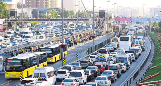 Metro station construction adds to Istanbul's traffic woes