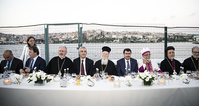 Iftar bringing together all faith groups in Istanbul