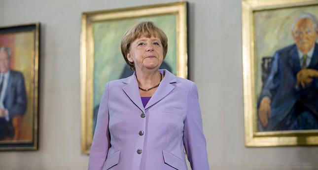 Merkel to run for 4th term in 2017: Der Spiegel