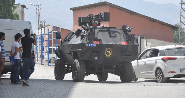 PKK attacks police HQ with rocket launchers in Hakkari