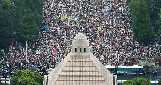 Thousands protest defense bill in Japan