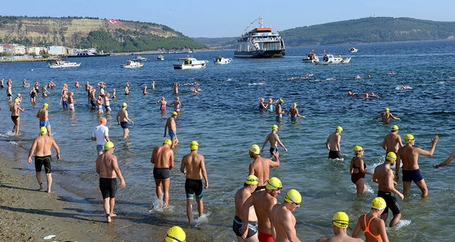 530 swimmers cross the Dardanelles on Victory Day