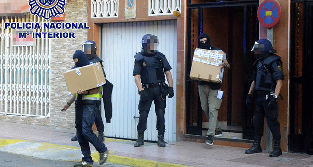 10 alleged ISIS recruiters held in Spain, Morocco